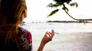 As More Women Smoke, Their Risk of Bladder Cancer Grows