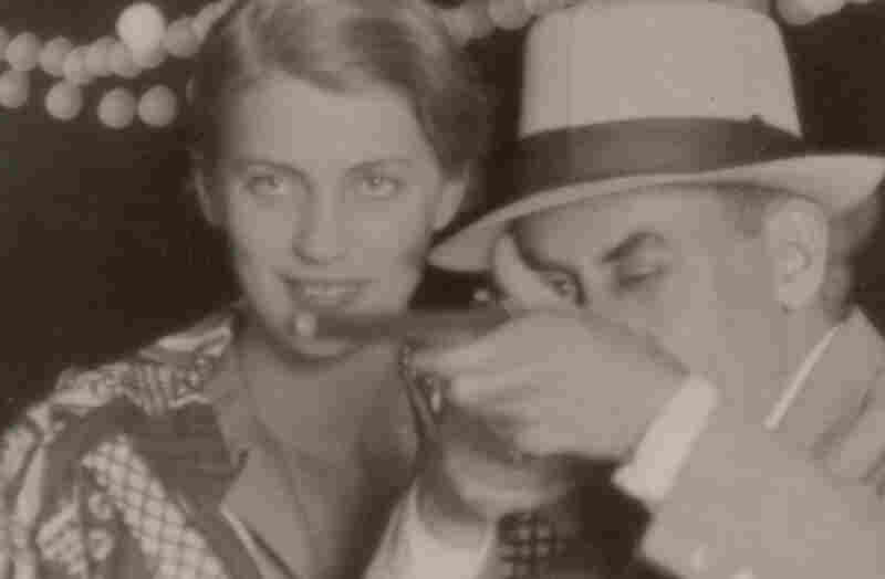 Miller and Ray, together at a fairground in 1930.