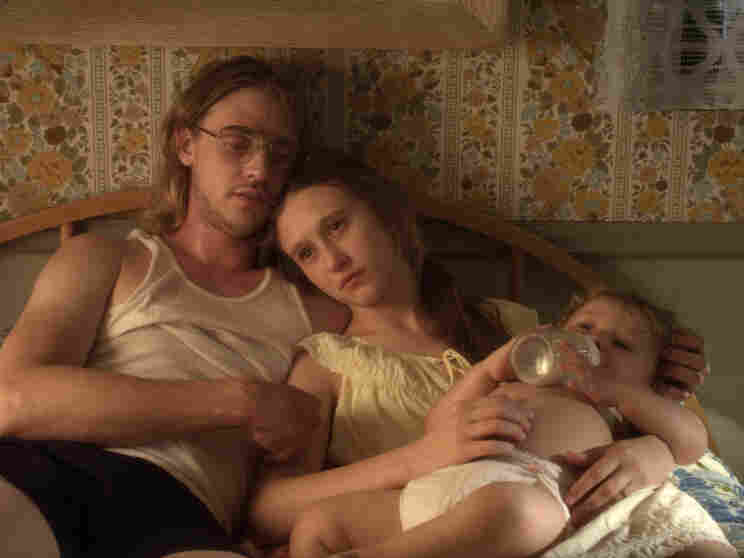As a teenager, Corrine (Taissa Farmiga) initially joins the fundamentalist community searching for salvation after an unplanned pregnancy with musician Ethan Miller (Boyd Holbrook).