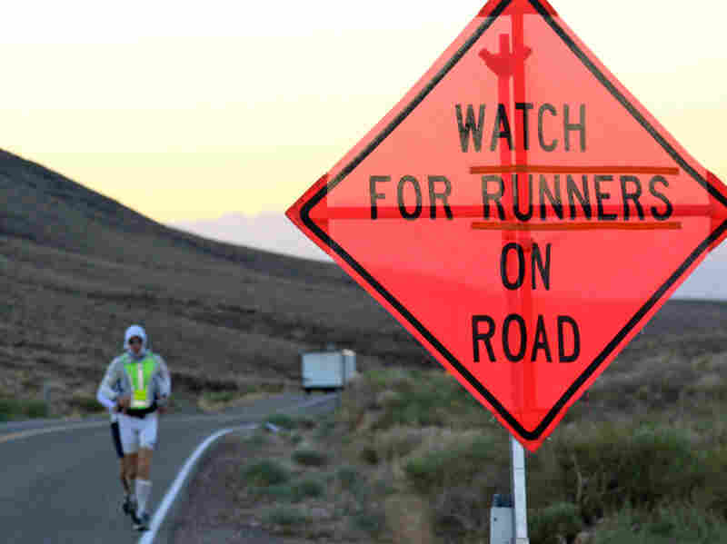 Michael Wardian is making his way toward the top of Townes Pass during the Badwater Ultramarathon.