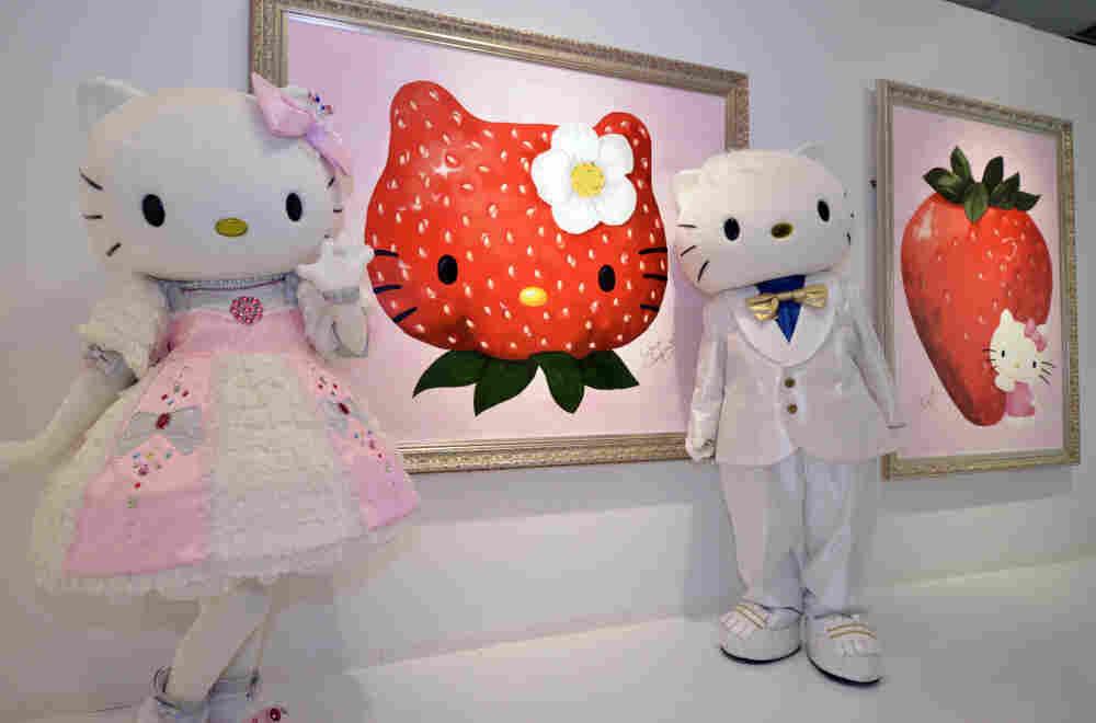 Hello Kitty and Dear Daniel appear at their art show. That's not a lie.