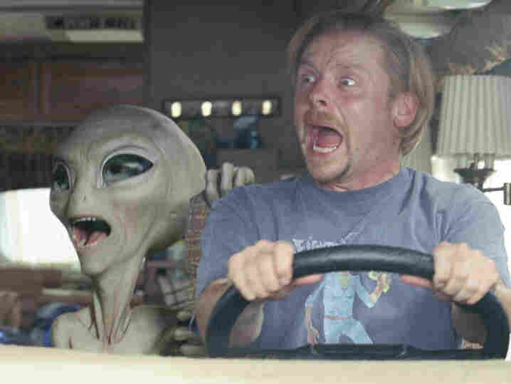 Comic book nerd Graeme Willy (Simon Pegg) encounters an alien (voiced by Seth Rogen) after traveling to America for Comic-Con.