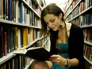 Many colleges are assigning all incoming freshman a common book to read and discuss in their first week on campus.