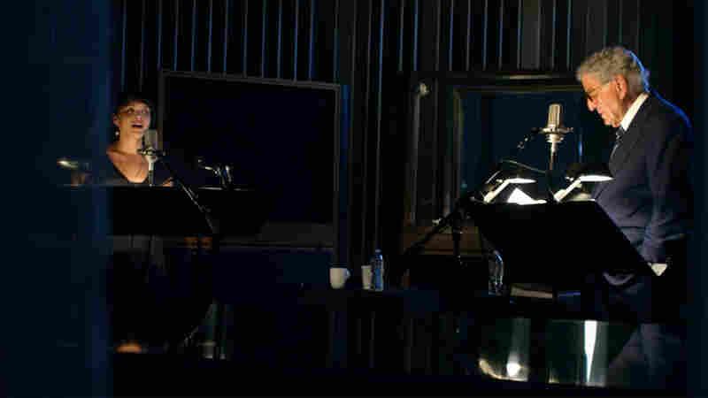 Norah Jones and Tony Bennett in studio.