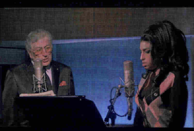 Tony Bennett also spoke about Winehouse, and on the big screen, MTV showed footage of the two of them recording together at Abbey Road Studios.