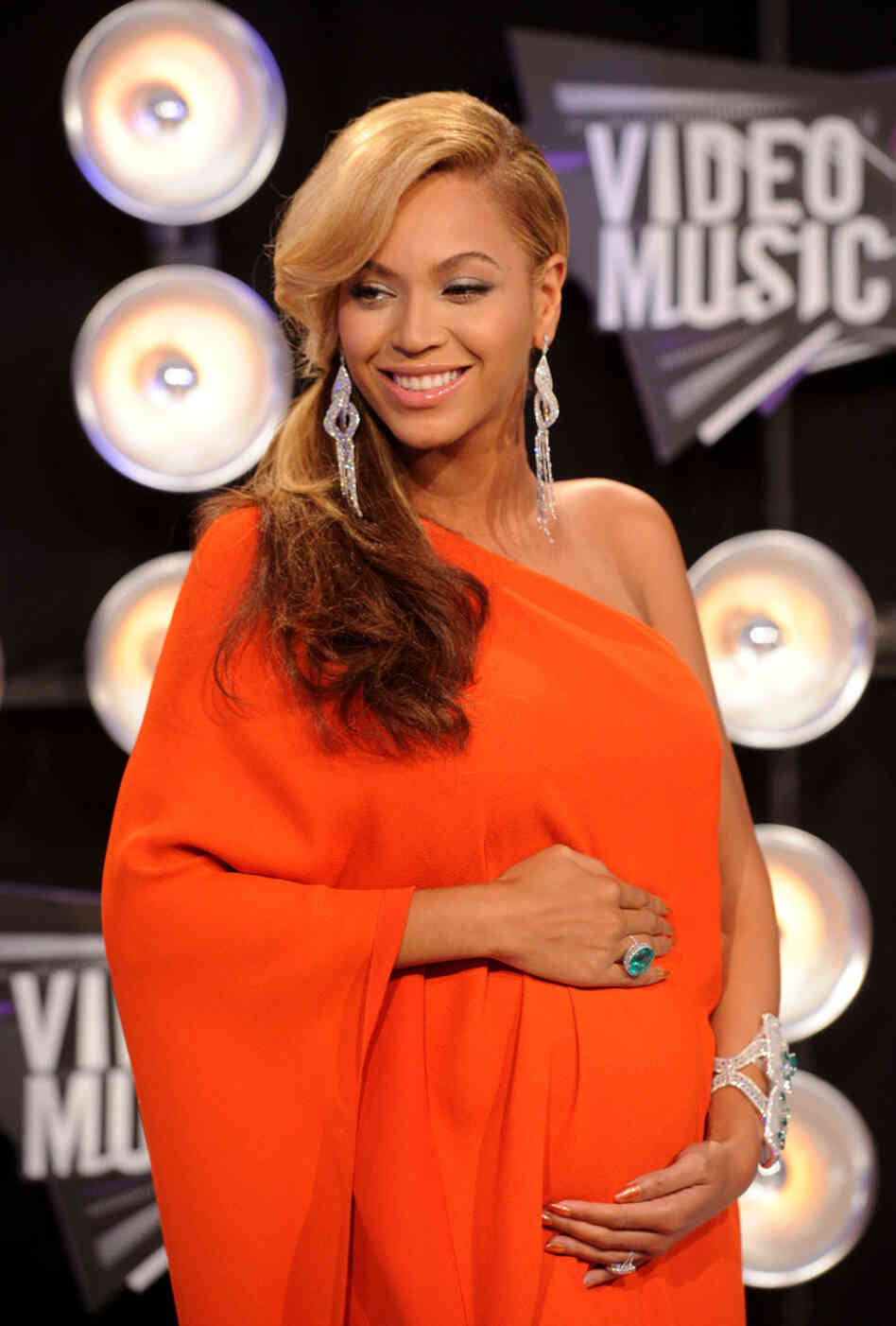 Beyonce arrives at the Video Music Awards on Sunday night, where she made her pregnancy public.