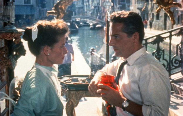 Katharine Hepburn (left) and Rossano Brazzi in Venice in David Lean's 1955 film Summertime.