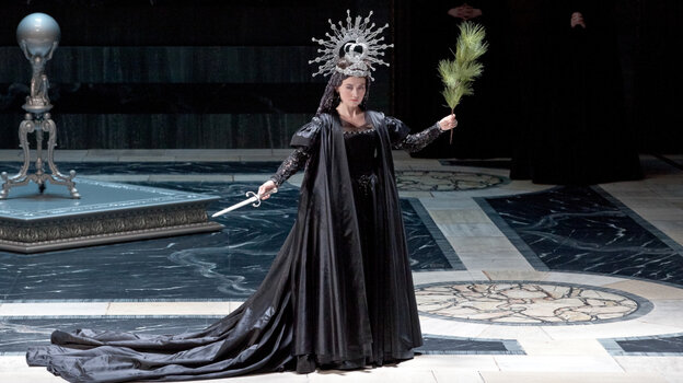 Stéphanie d'Oustrac as Cybèle in Lully's 'Atys' at the Opera Comique, Paris.