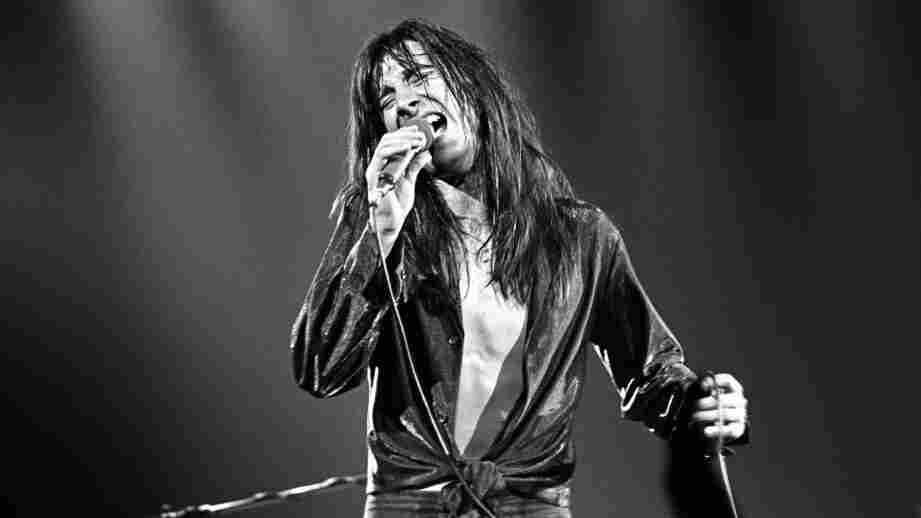 "Steve Perry onstage in New York in 1979 — his pre-""Faithfully"" days."
