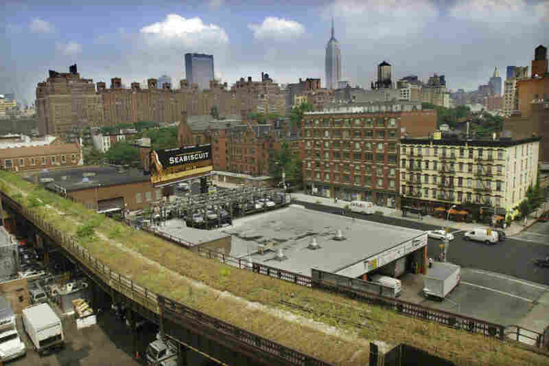 The last train ran the High Line in 1980, carrying three carloads of frozen turkeys. By 2003, the elevated tracks were covered with knee-high grass, wildflowers and rust.