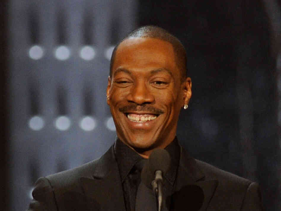 Eddie Murphy will be the host of the Oscars in Februa