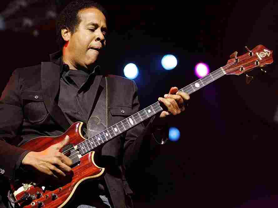 Stanley Clarke performs on stage during the Standard Bank Joy of Jazz festival in 2007.