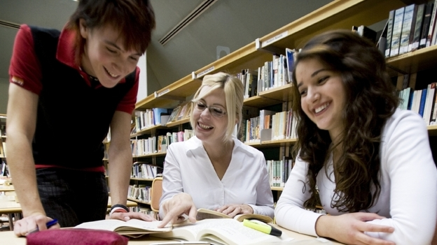 A growing number of colleges are assigning all incoming freshman a common book to read and so they can discuss it when they arrive on campus. (iStockphoto.com)