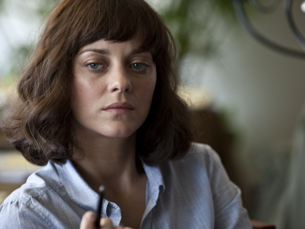 <strong></strong>Marion Cotillard plays a researcher for the World Health Organization in <em>Contagion.</em>