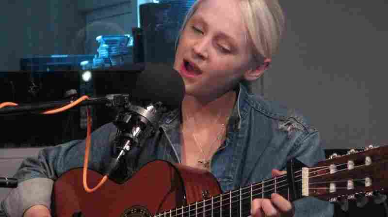 Laura Marling visits WNYC's Spinning on Air.