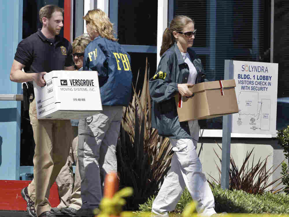 FBI agents remove evidence from Solyndra headquarters in Fremont, Calif., Sept. 8, 2011.