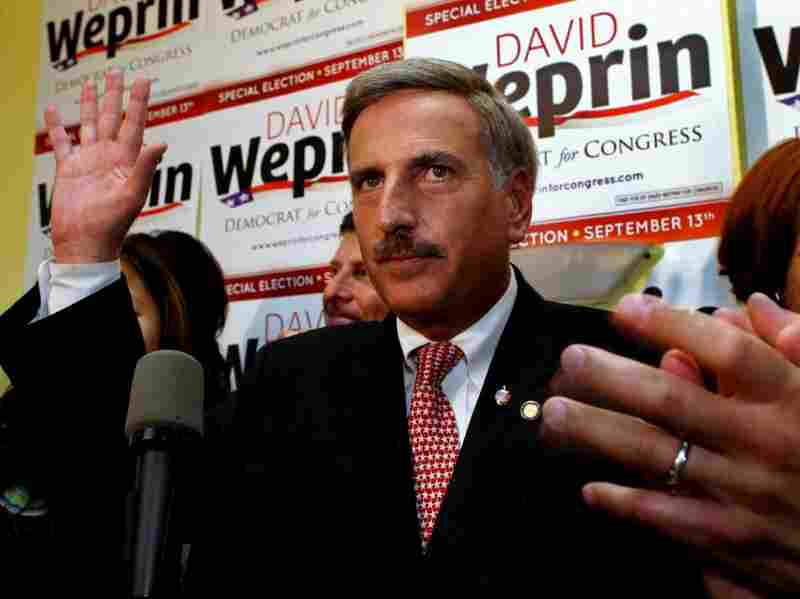 Democrat David Weprin thanks supporters early Wednesday  in New York.   Weprin lost the special election to Republican Bob  Turner in an unusually tight race in a special election in New York's heavily Democratic 9th Congressional District.