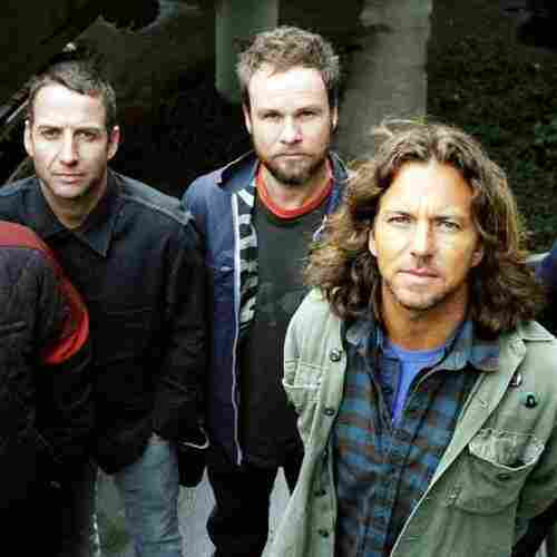How Pearl Jam Stayed Alive