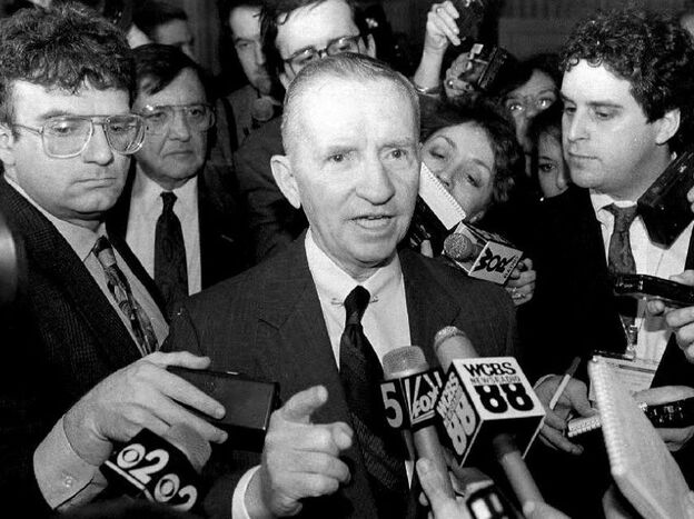Texas billionaire Ross Perot discusses his prospective independent presidential run at the American Newspapers Publishers Association convention in May 1992. (AFP/Getty Images)