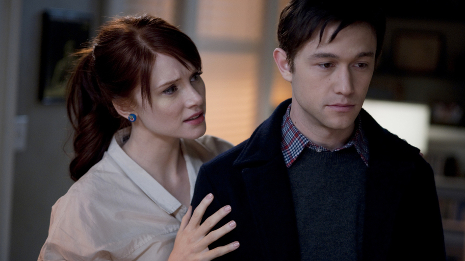 "Joseph Gordon-Levitt (right, with Bryce Dallas Howard), plays Adam, a character you might say is based on Will Reiser — though ""legally we have to say 'inspired,'"" Rogen jokes. Adam's job? Public-radio reporter. (Summit Entertainment)"