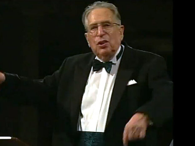 Conductor Kurt Sanderling was a friend of composer Dmitri Shostakovich, and a champion of his music.