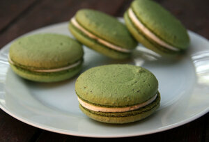 Apple Macarons With Honey Buttercream