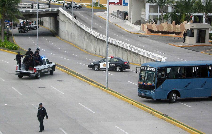 35 Bodies Publicly Dumped in Veracruz, Mexico