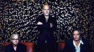 R.E.M. Calls It A Day, Announces Breakup
