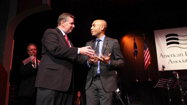 Indianapolis Mayor Greg Ballard presents Aaron Diehl with the 2011 Cole Porter Fellowship.