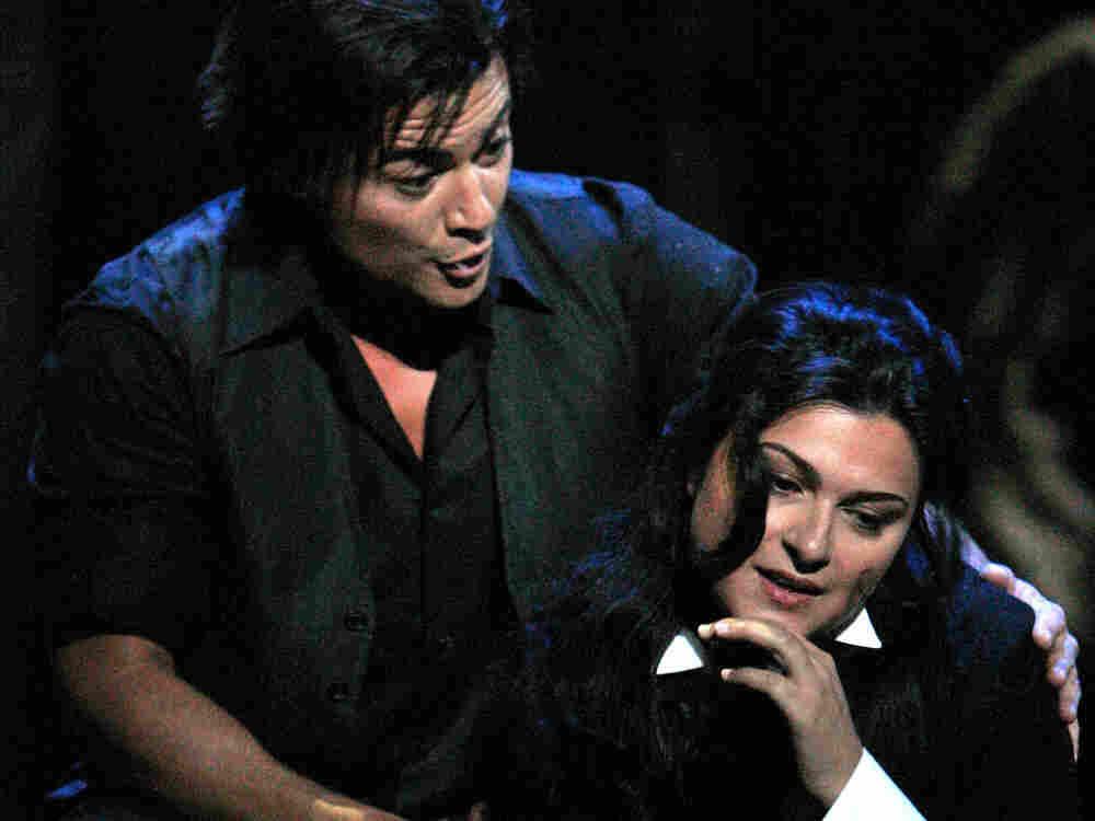 Vittorio Grigolo and Adrana Damato in 'La Boheme.'