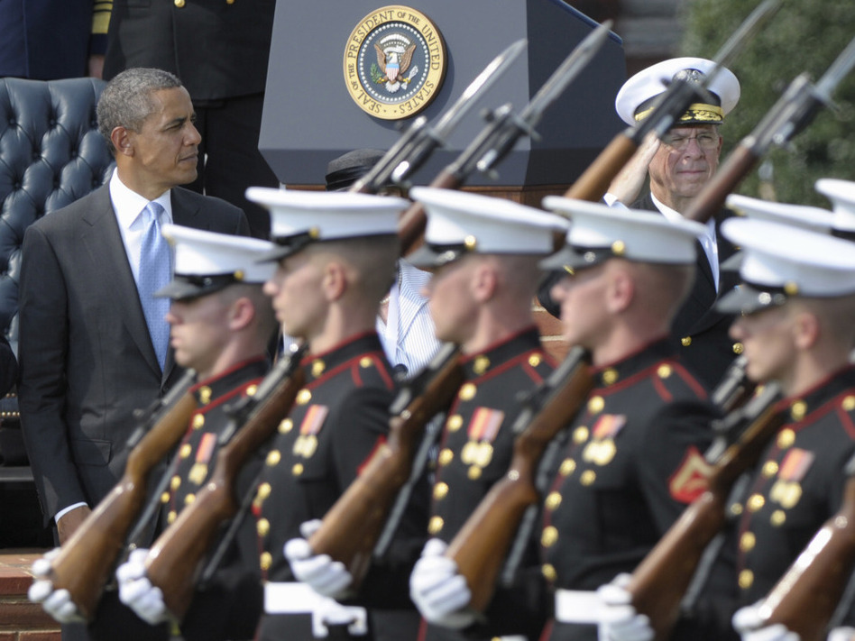 President Obama at the retirement ceremony for Joint Chiefs Chairman Adm. Mike Mullen (r) Sept. 30, 2011. (AP)