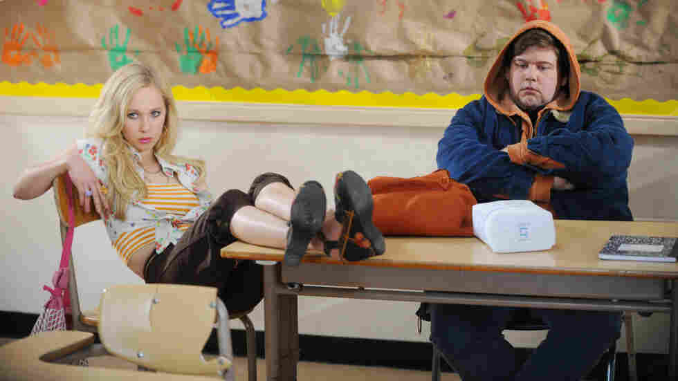Teen outcasts Danielle (Juno Temple) and Clarke (Jeremy Dozier) bond over daddy issues — and eventually hit the road in search of Danielle's father.