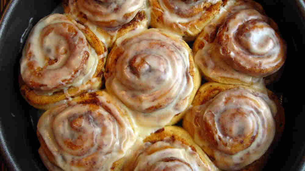 A gift of homemade cinnamon rolls