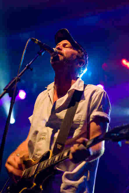 """Chavez was plenty muscular in the naturally boomy Convention Hall. Guitarist Matt Sweeney would later join Bonnie """"Prince"""" Billy during a couple songs from their collaborate album, Superwolf."""
