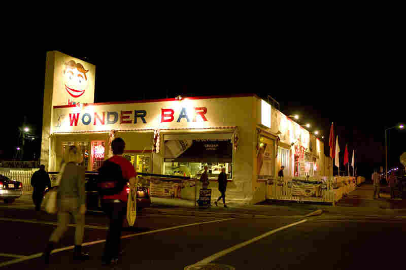 Wonder Bar was host to late-night fried goodness and a dive-y atmosphere to grab a beer.