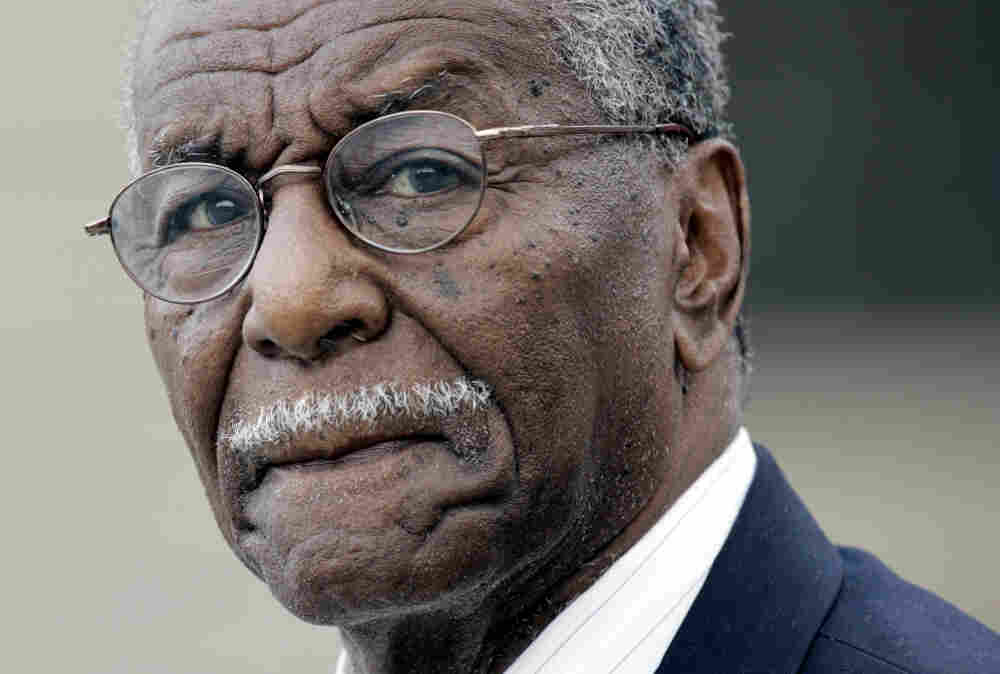 Civil rights activist Fred Shuttlesworth, hailed by the Rev. Martin Luther King Jr. for his courage and energy, died Wednesday in Birmingham, Ala. He was 89.