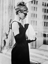 Audrey Hepburn stops for lunch on Fifth Avenue in New York during filming.