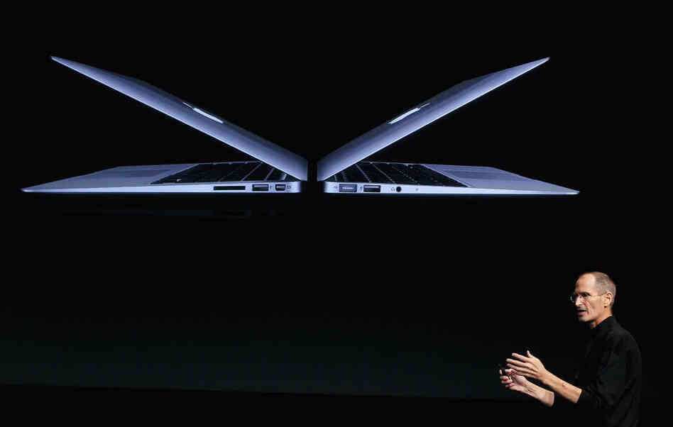 Steve Jobs introduces new MacBook Air models at Apple headquarters on October 20, 2010.