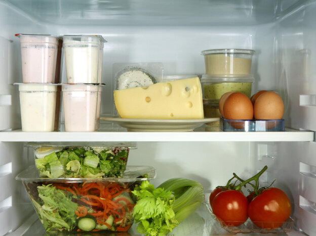The greenhouse gas emissions associated with food waste amount to 135 million tons a year, a company has found.