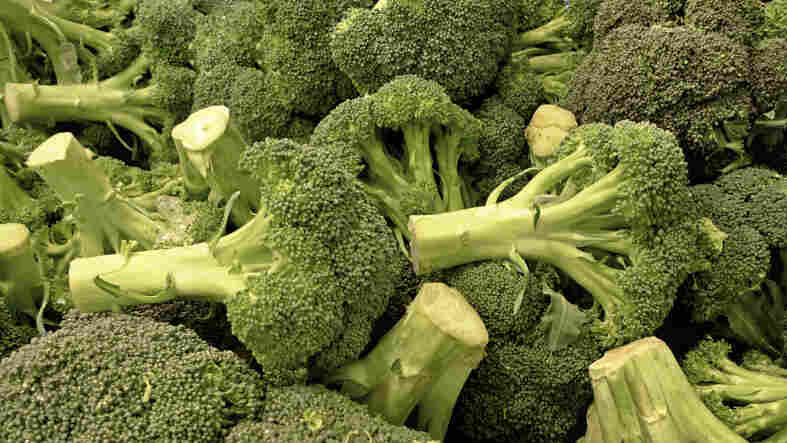 Broccoli eaten raw may be the best way to take advantage of its cancer-fighting compounds.