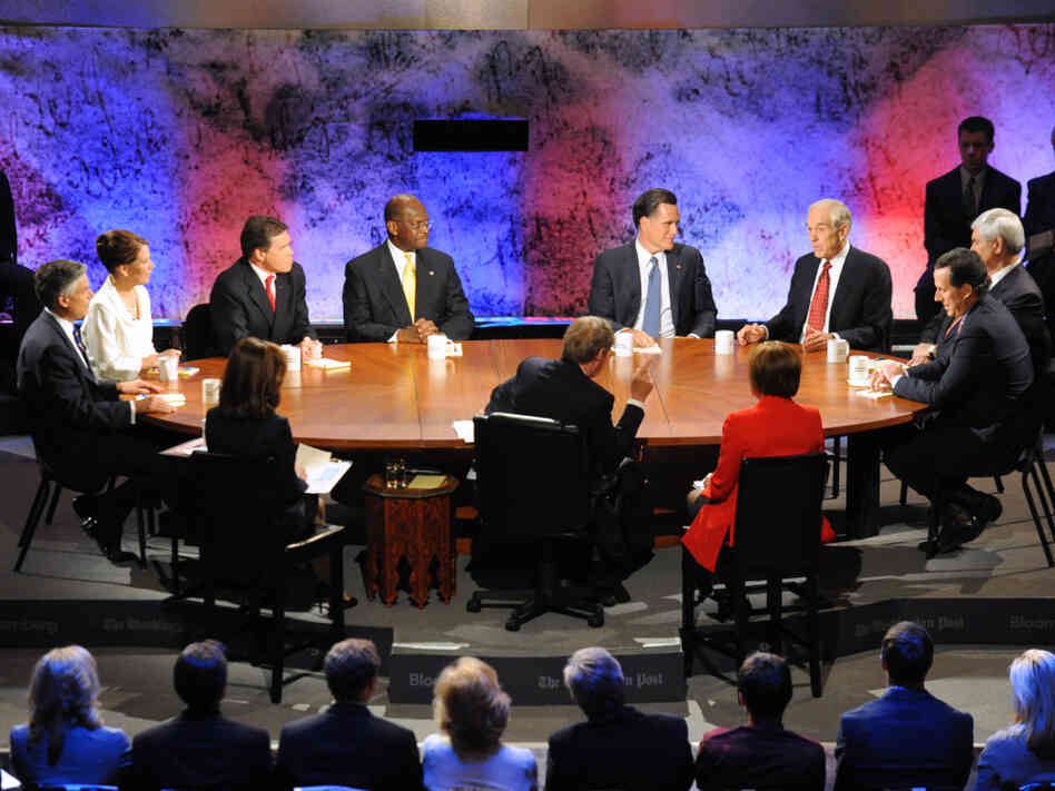 GOP presidential candidates at a debate on the economy, Dartmouth College in Hanover, NH, Oct. 11, 2011.