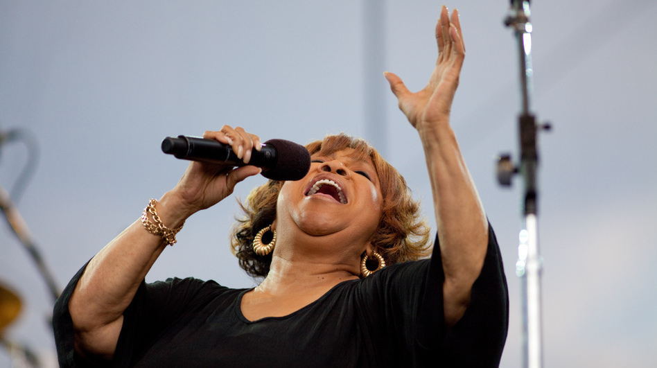 Mavis Staples performs with The Roots at the Climate Rally on the National Mall on April 25, 2010, in Washington, D.C. (Getty Images)