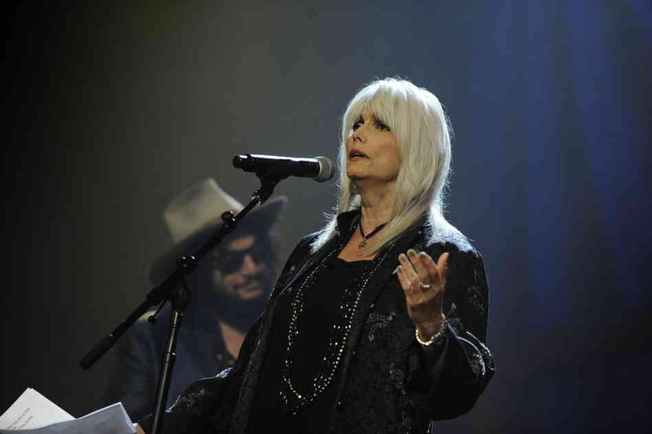 "Emmylou Harris performs the hymn ""I'll Fly Away,"" which was part of the ""O Brother, Where Art Thou?"" soundtrack."