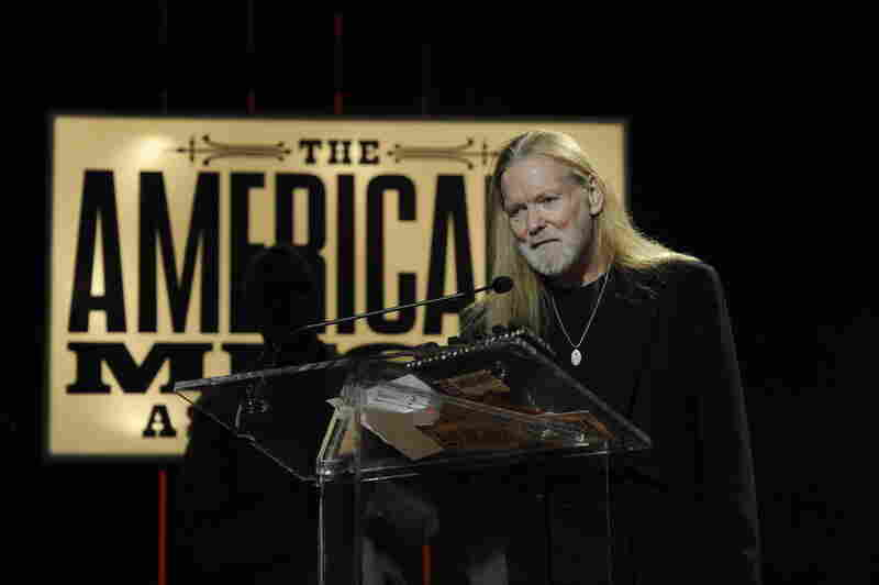 Gregg Allman handed out a Lifetime Achievement Award to FAME Studios owner Rick Hall.
