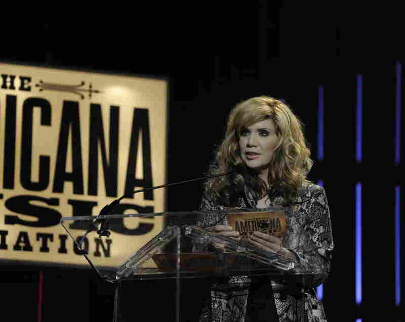 Alison Krauss introduces Lifetime Achievement Award winner — and Union Station collaborator — Jerry Douglas.