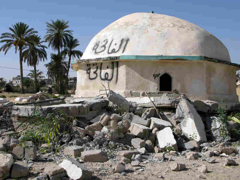 In recent months, local residents say Islamists have attacked and damaged this shrine in Sheikh Zuweid in northern Sinai. Egyptian and Western officials have raised concerns about Islamist groups springing up in North Sinai, but the locals say they wield no power here.