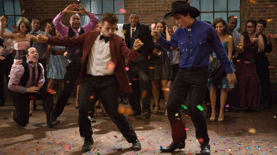 Kenny Wormald plays Ren and Miles Teller plays Willard in the new Footloose.