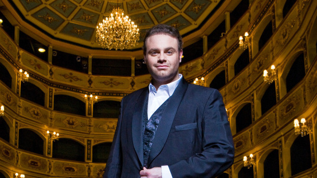 Joseph Calleja's voice reminds many of the golden-age tenors of the past. (Decca)