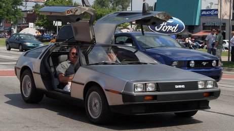 De Lorean Goes Electric