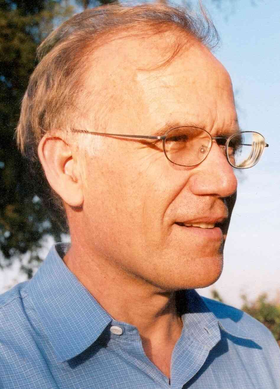 Historian Victor Davis Hanson was awarded the National Humanities Medal in 2007.